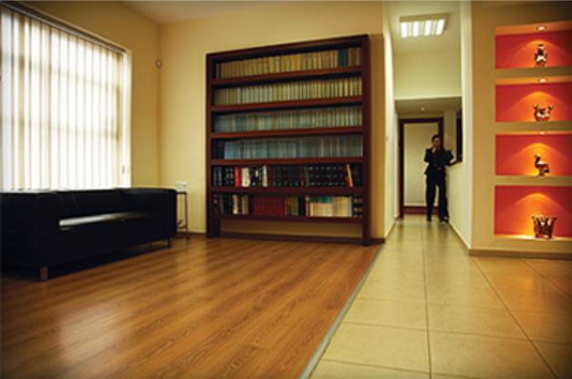 משרד עורך דין רשלנות רפואית ירון מויאל